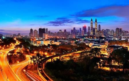 Фото архитектуры крупных городов мира на фон рабочего стола 60