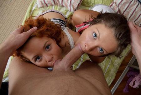 Девочки согласились на групповуху